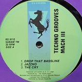 TECHNO GROOVES / MACH �